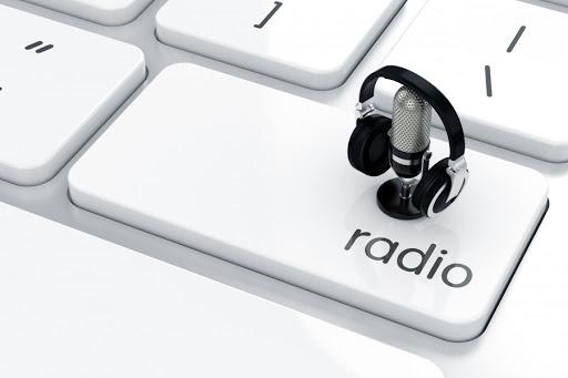 các quảng cáo trên radio