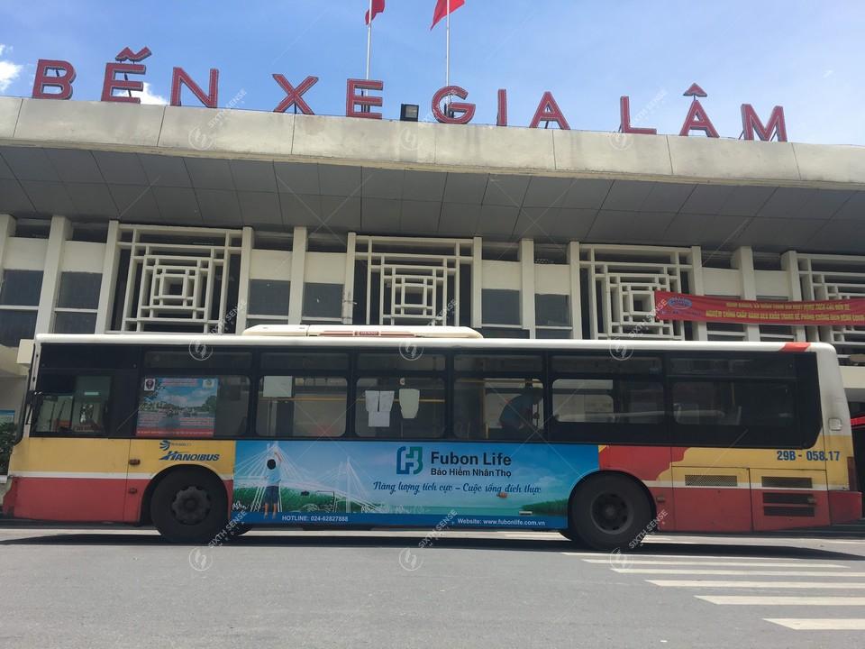 Bảo hiểm Fubon Life quảng cáo trên xe bus Hà Nội