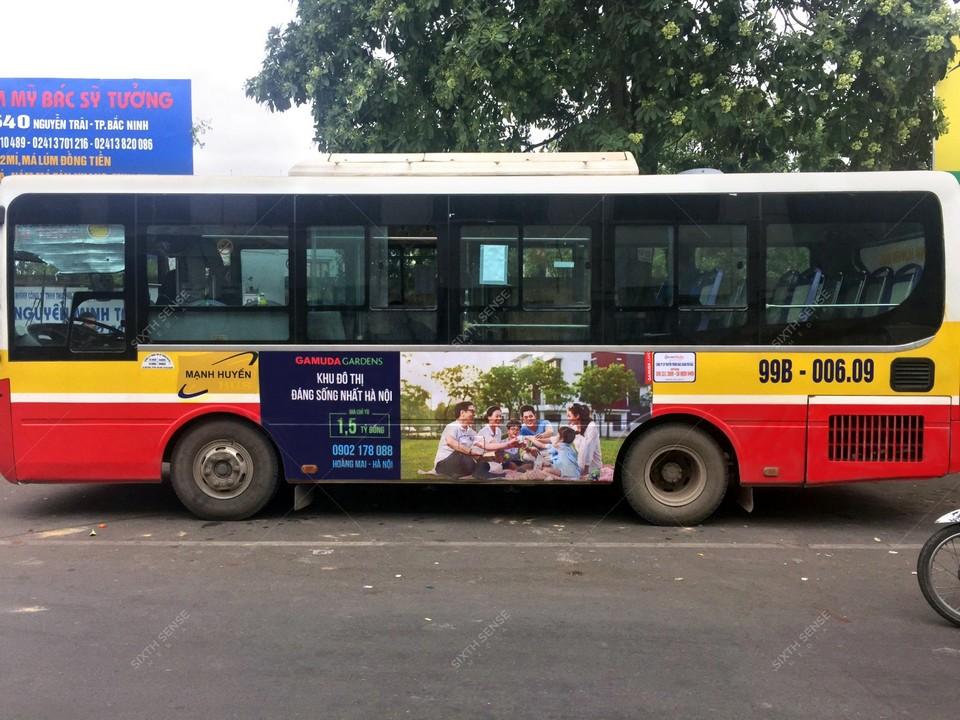 Khu đô thị Gamuda Gardens quảng cáo trên xe bus tại Bắc Ninh
