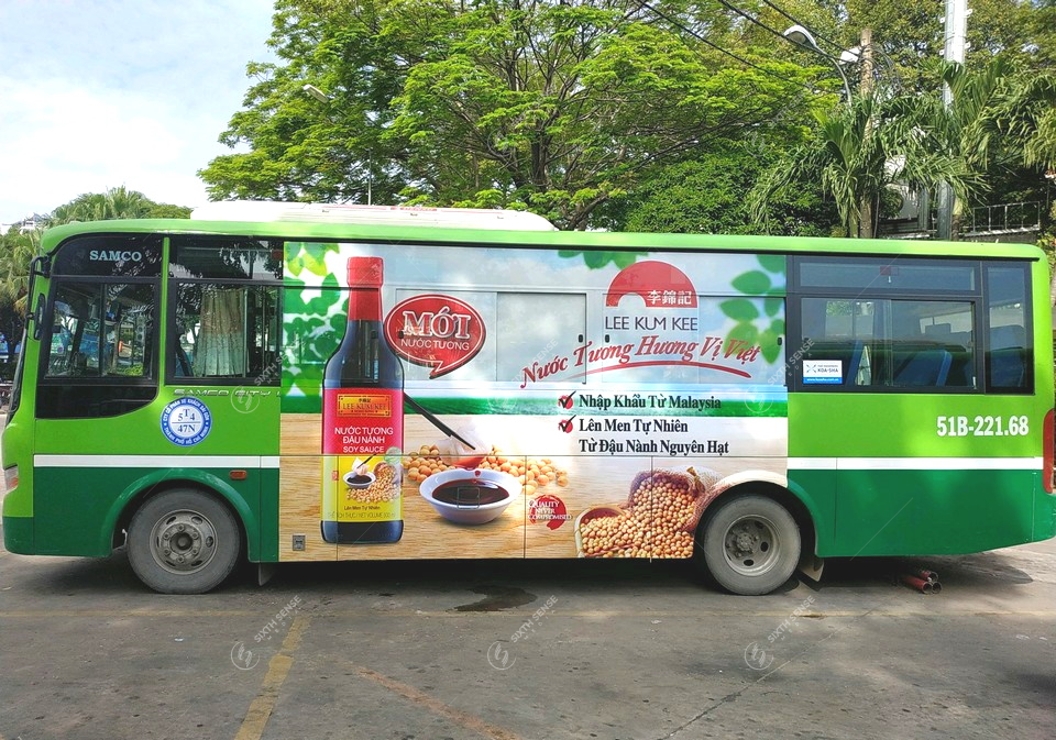 Lee Kum Kee quảng cáo trên xe buýt tại TPHCM